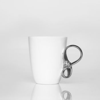 , SMALL MOBIUS CUP - WHITE WITH PLATINUM - 1 mobius platyna 350x350