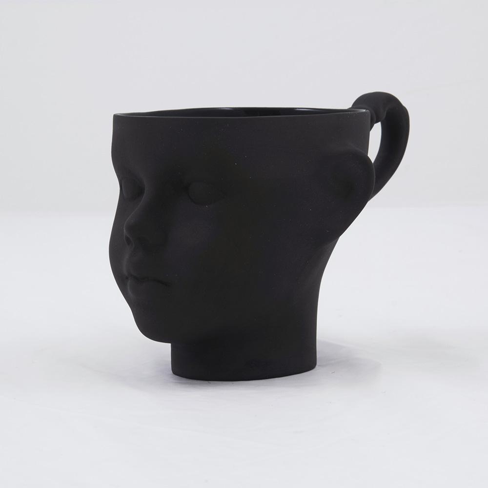 tassen, porzellan_und_keramik, wohnen, TASSE DOLL HEAD WEISS MIT GOLD - dollhead black front