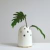 vasen, porzellan_und_keramik, wohnen, KLEINE VASE FLY'S EYE | WEIß MIT GOLDENEM RAND - Krafla M BZ 1 1000x667 100x100