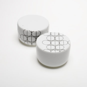 salt-and-pepper-shakers-scandinavian