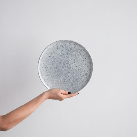 porcelain_and_ceramics, plates, interior-design, MESS LARGE PLATE - MESS LARGE PLATE 470x470