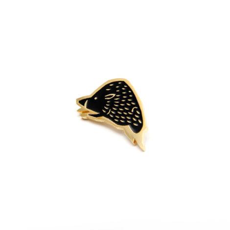 schmuck, pins, PIN SCHWARZES WILDSCHWEIN - MG 3153 470x470