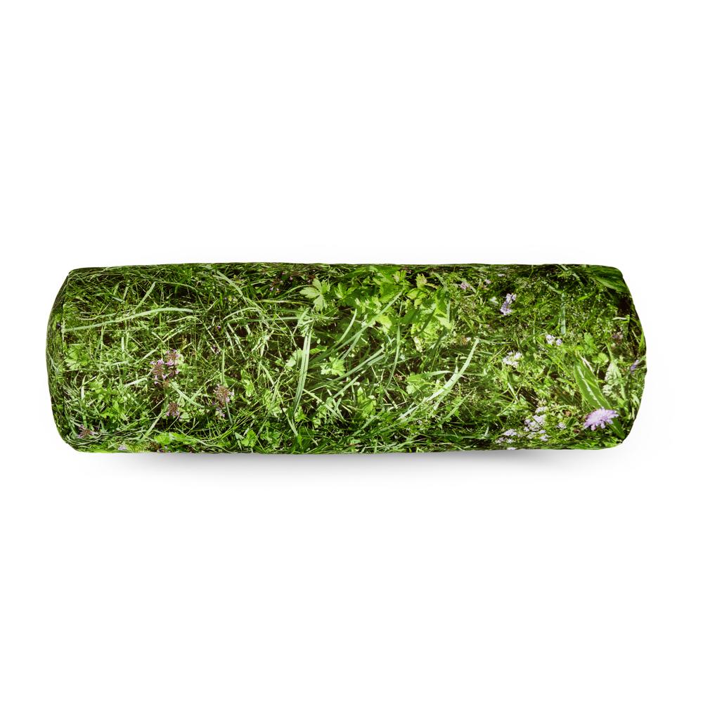 wohntextilien, wohnen, kissen, HAYKA ALPENWIESE NACKENROLLE GEFÜLLT MIT BUCHWEIZENSCHALEN - Alpine Meadow bolster buckwheat packshot