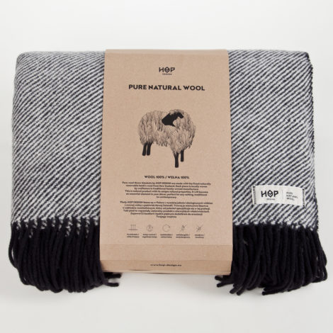 , WOOL BLANKET RURU BLACK - RURU black packaging 1 470x470