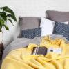 wohntextilien, wohnen, decken-und-ueberwuerfe, SCHURWOLLDECKE YETI GELB - YETI pastelowy żółty3 100x100