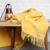 wohntextilien, wohnen, decken-und-ueberwuerfe, SCHURWOLLDECKE YETI GELB - YETI pastelowy żółty4 100x100