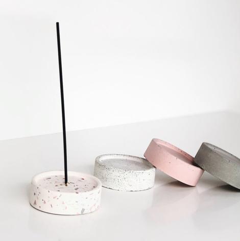 home-accessories, interior-design, incense-stick-holders, INCENSE STICK HOLDER TERRAZZO - incense holder mix 03 470x472