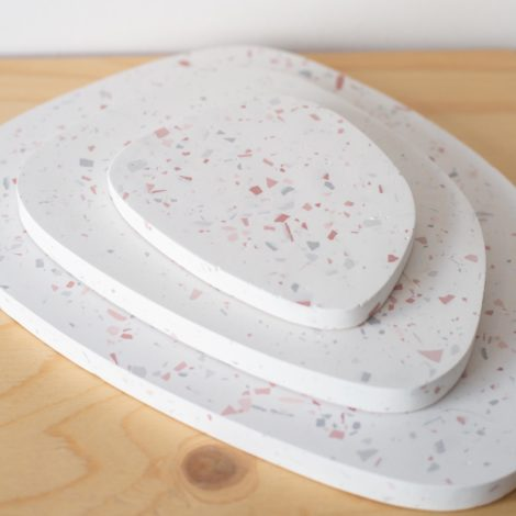 home-accessories, interior-design, holders-and-trays, ASYMMETRICAL TRAY TERRAZZO M - QY1C8498 2 470x470