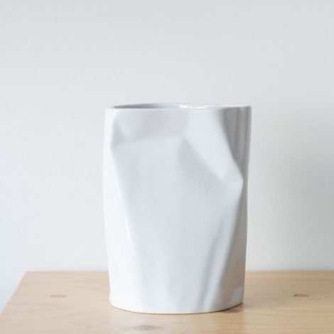 vasen, porzellan_und_keramik, wohnen, NIEDRIGE VASE BENT - QY1C8535 2 470x470