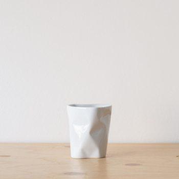 cups, porcelain_and_ceramics, interior-design, BIG BENT CUP GRAPHITE GREY - QY1C8680 2 350x350