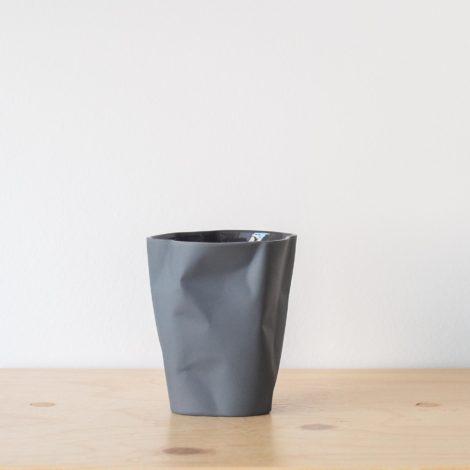 cups, porcelain_and_ceramics, interior-design, BIG BENT CUP GRAPHITE GREY - QY1C8681 2 470x470
