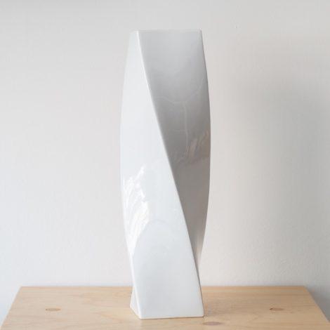 vasen, porzellan_und_keramik, wohnen, VASE HIGH TWIST - QY1C8686 2 470x470