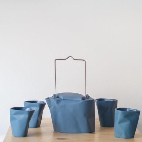porcelain_and_ceramics, sets-en, interior-design, BENT TEA SET | BLUE - QY1C8707 2 470x470