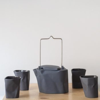 sets-en, porcelain_and_ceramics, interior-design, BENT TEA SET | DARK GREY - QY1C8713 2 350x350