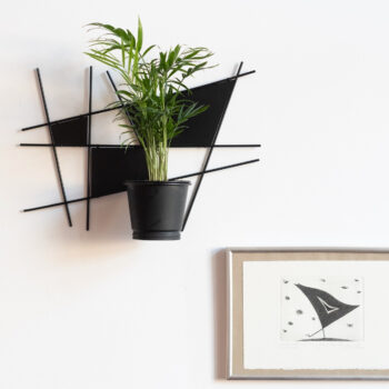 home-accessories, plant-stands, interior-design, SUSPENDED KOKEDAMA HOLDER INGA SUN - Mondrian 350x350