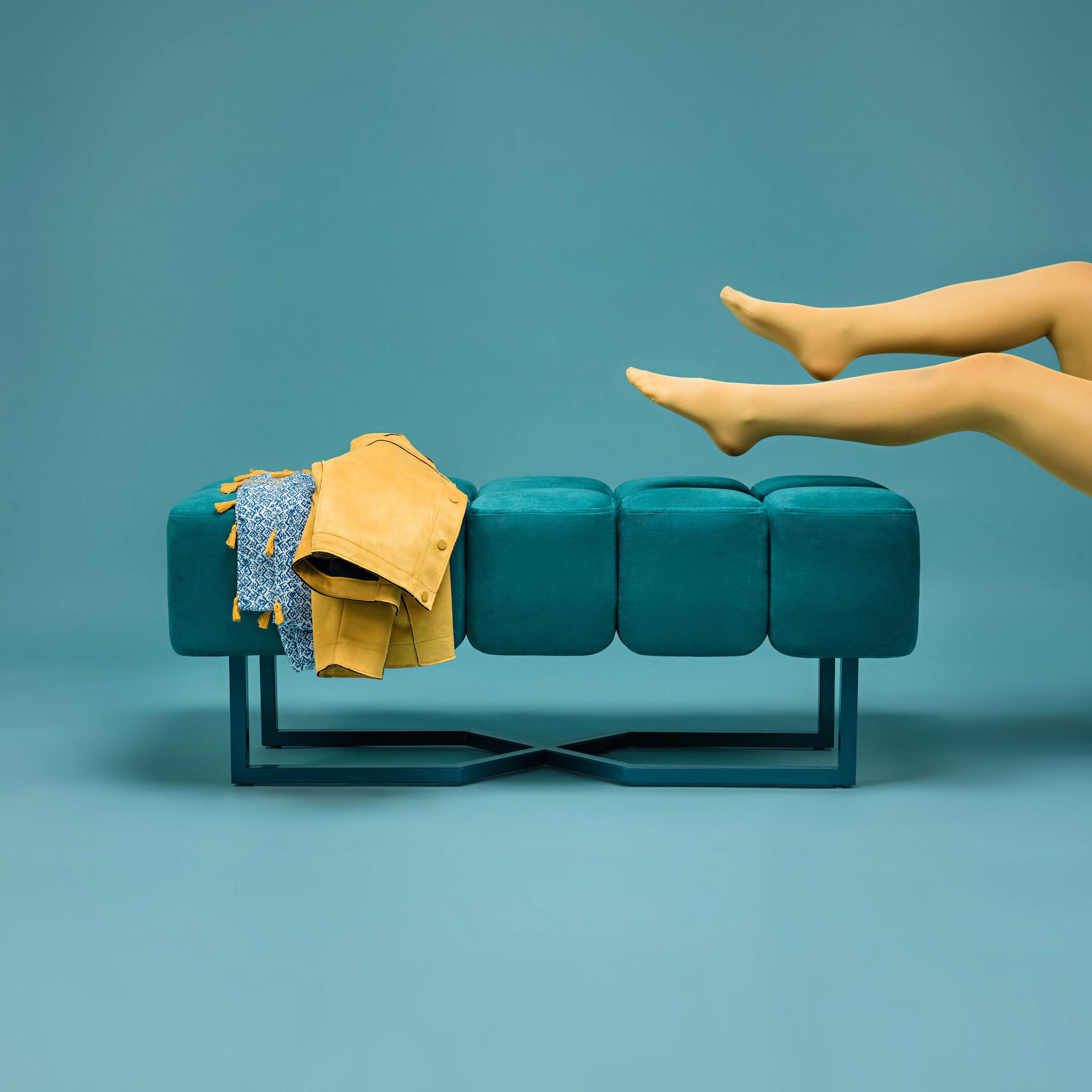 Puffy_oceangreen_legs 2