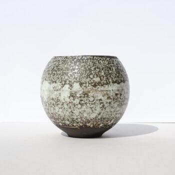 home-accessories, interior-design, flower-pots, FLOWER POT SPHERE WHITE SPLASH - SHPERE BLACK SNOW W01 350x350
